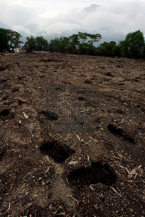 Footsteps in an area that mudslides destroyed earlier in the month when Hurricane Stan spawned torrential rains over parts of Central America. Hundreds of people and houses were buried in the mudslide that caught the area of Lake Atitl&aacute;n by surprise in the early morning hours.<br />