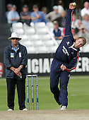Jamie Dalrymple of Middlesex in bowling action - Essex Eagles vs Middlesex Crusaders - Friends Provident Trophy at Ford County Ground, Chelmsford - 20/05/07 - MANDATORY CREDIT:  Gavin Ellis / TGSPHOTO - IMAGES USED WILL BE INVOICED AT STANDARD RATES