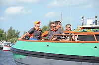 SKÛTSJESILEN: GROU: 18-07-2015, SKS kampioenschap 2015, Skûtsje Twee Gebroeders (Langweer) tijdens de openingswedstrijd, schipper Johannes Hzn Meeter, ©foto Martin de Jong