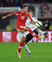 Fussball International  WM Qualifikation 2014   11.09.2012 Oesterreich - Deutschland Guido Burgstaller (li, Oesterreich) gegen Holger Badstuber (Deutschland)