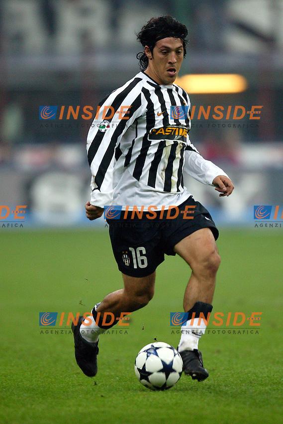 Milano 1/11/2003 <br /> Milan Juventus 1-1<br /> Mauro Camoranesi (Juventus)<br /> Foto Baroncini/Insidefoto