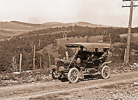 Southwestern Ohio: Brady Stewart and members of the Brady family out for a Sunday drive in the new Buick Model F - 1906