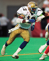 Bobby Evans Winnipeg Blue Bombers. Copyright photograph Scott Grant