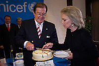 Actor Sir Roger Moore celebrated on his 80th birthday in Budapest as a UNICEF representative. Budapest, Hungary. Sunday, 28. October 2007. ATTILA VOLGYI