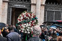 Roma 5 Novembre 2012.Il funerale di Pino Rauti fuori dalla basilica di San Marco a Piazza Venezia. La corona di Ama spa.The funeral of Pino Rauti out from the Basilica of San Marco in Venice Piazza