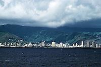 Honlulu: Waikiki from the sea. Photo '82.