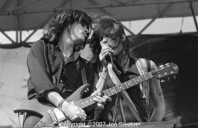 Joe Perry, Steven Tyler, Oakland Coliseum, 7/23/78