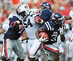 |um3o\ runs vs. Auburn at Vaught-Hemingway Stadium in Oxford, Miss. on Saturday, October 13, 2012. (AP Photo/Oxford Eagle, Bruce Newman)..