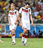 FUSSBALL WM 2014  VORRUNDE    GRUPPE G     Deutschland - Ghana                 21.06.2014 Benedikt Hoewedes (li ) und Mats Hummels (re, beide Deutschland)
