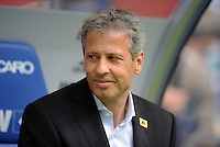 FUSSBALL   1. BUNDESLIGA   SAISON 2011/2012    6. SPIELTAG Hamburger SV - Borussia Moenchengladbach            17.09.2011 Trainer Lucien FAVRE (Moenchengladbach)