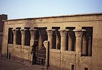 Afrique/Egypte/Esna: Le temple de Khnoum (dieu bélier)