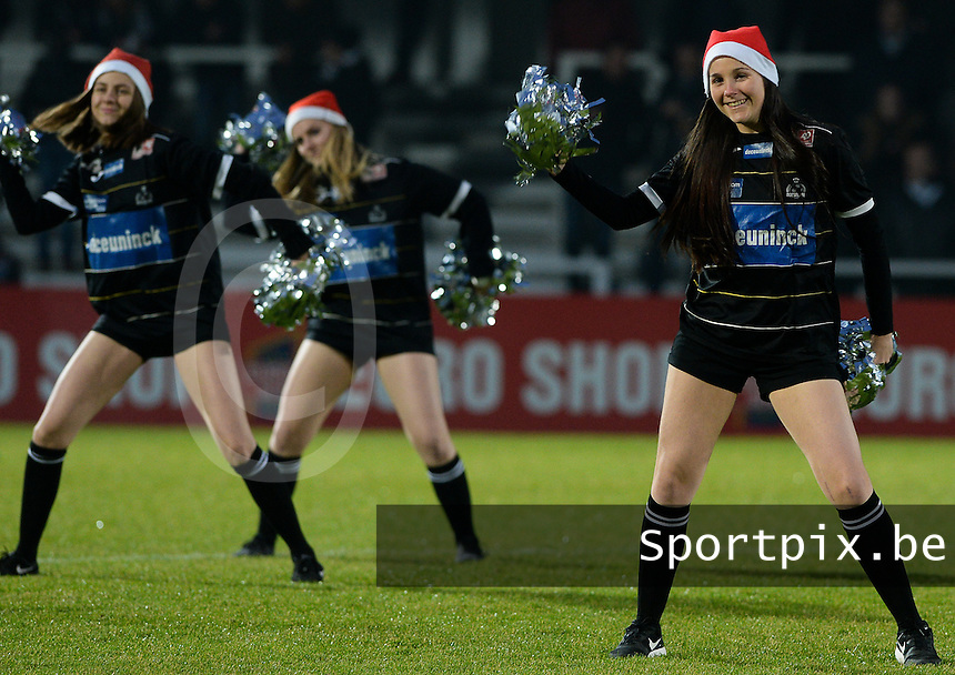 20161217 - ROESELARE , BELGIUM : cheerleaders pictured during the Proximus League match of D1B between Roeselare and Cercle Brugge, in Roeselare, on Saturday 17 December 2016, on the day 20 of the Belgian soccer championship, division 1B. . SPORTPIX.BE | DAVID CATRY