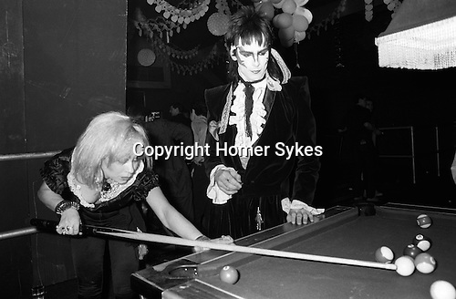 New Romantics, Heaven nightclub Villiers Street, Charing Cross, London, 1980. Tim Dry,with zig zag makeup is Tokky of Tik and Tok, and fashion designer Jane Kahan