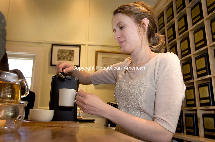 MILLERTON NY. 12 December 2014-121214SV11-Chelsea Burns of Sharon brews tea for a tasting at Harney &amp; Sons Fine Teas, Millerton, NY. Friday.<br /> Steven Valenti Republican-American