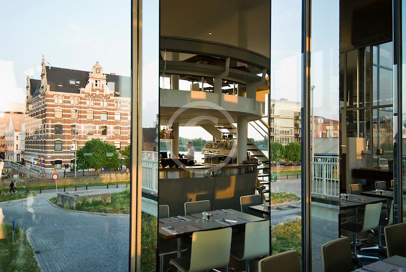 Belgium, Antwerp, Zuiderterras restaurant