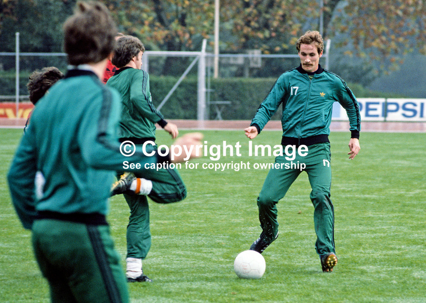 Billy Hamilton, footballer, Burnley FC &amp; N Ireland, 198011000363c. Taken during training session.<br /> <br /> Copyright Image from Victor Patterson, 54 Dorchester Park, Belfast, UK, BT9 6RJ<br /> <br /> t: +44 28 90661296<br /> m: +44 7802 353836<br /> vm: +44 20 88167153<br /> e1: victorpatterson@me.com<br /> e2: victorpatterson@gmail.com<br /> <br /> For my Terms and Conditions of Use go to www.victorpatterson.com