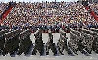 Soldiers of China's People's Liberation Army (PLA) march during the military parade to mark the 70th anniversary of the end of World War Two, in Beijing, China, September 3, 2015. REUTERS/Damir Sagolj