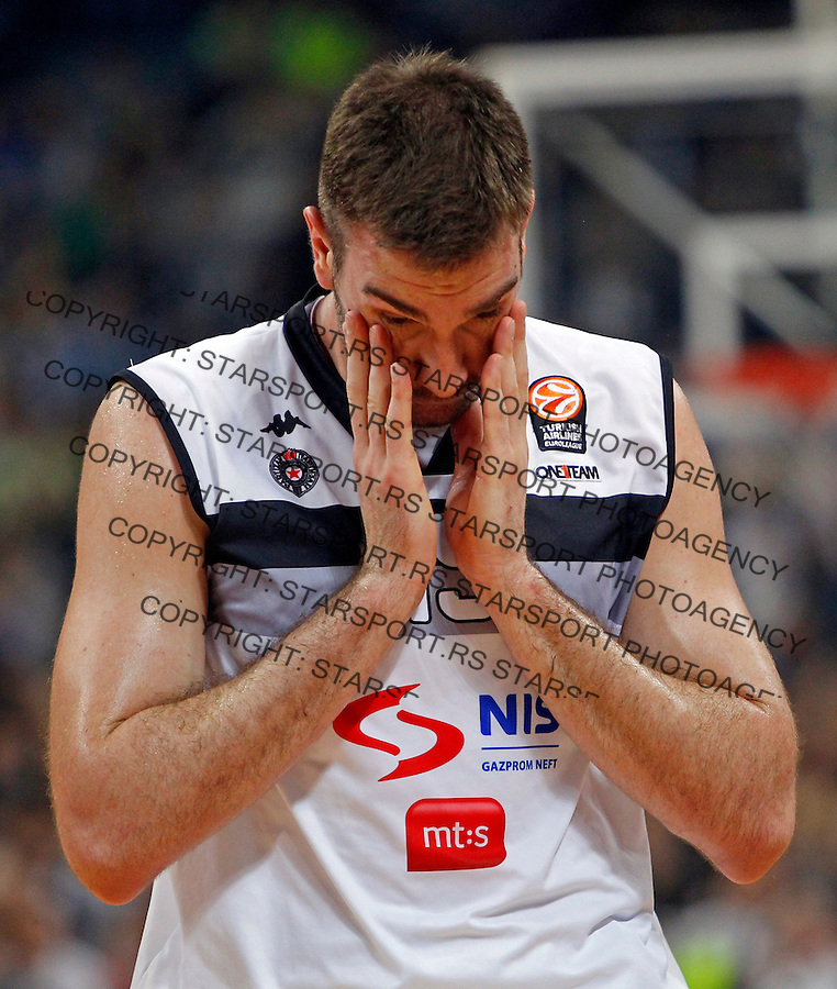 Dejan Musli Top 16 Euroleague basketball game Partizan - Real Madrid in Kombank Arena on January 3, 2014. (credit image & photo: Pedja Milosavljevic / STARSPORT / +318 64 1260 959 / thepedja@gmail.com)