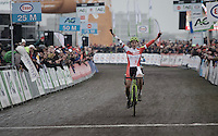 Sanne Cant (BEL/IKO Enertherm-BKCP) takes her 8th consecutive Belgian National CX Title<br />