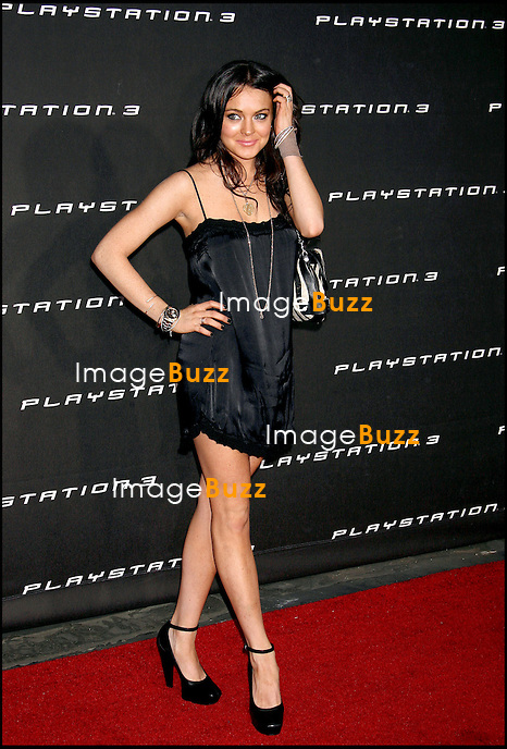 """LINDSAY LOHAN - SOIREE """"PLAYSTATION 3"""" A BEVERLY HILLS.."""" CELEBRATION OF PLAYSTATION 3 """" IN BEVERLY HILLS..LOS ANGELES, NOVEMBER 8, 2006...Playstation 3 Celebration Party, Beverly Hills, California"""