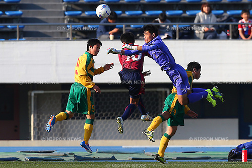 General View, JANUARY 5, 2016 - Football / Soccer : 94th All Japan High School Soccer Tournament quarterfinal match between Seiryo 3-0 Meitoku Gijuku at Komazawa Olympic Park Stadium, Tokyo, Japan. (Photo by Shingo Ito/AFLO SPORT)