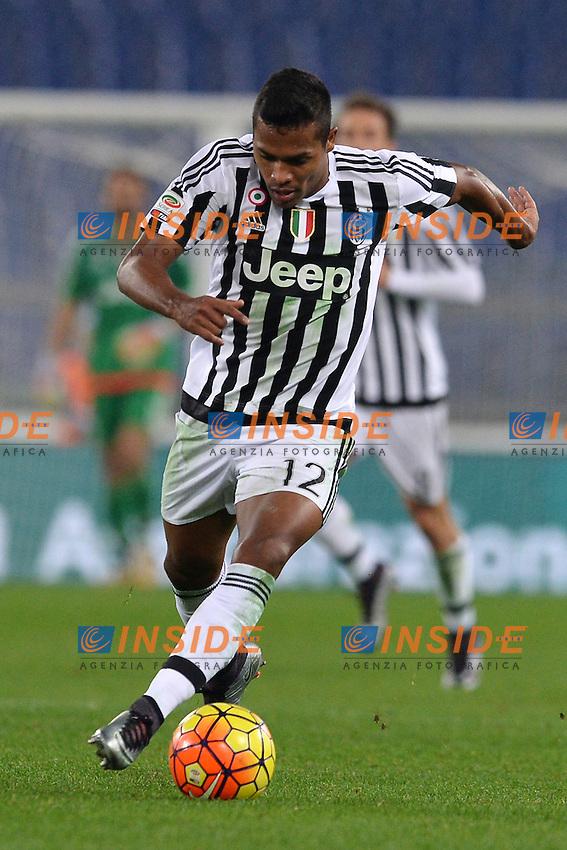 Lobo Silva Alex Sandro Juventus.<br /> Roma 4-12-2015 Stadio Olimpico, Football Calcio 2015/2016 Serie A Lazio - Juventus. Foto Antonietta Baldassarre / Insidefoto
