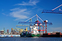 East River Cranes Shipping, Brooklyn, New York City, New York, USA