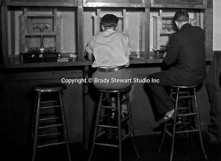 Pittsburgh PA: Students working in a lab at Duquesne University - 1932