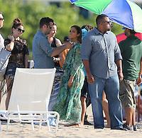Jennifer Lopez, novio y Pitbull