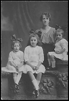 BNPS.co.uk (01202 558833)<br /> Pic: MaureenRogers/BNPS<br /> <br /> ***Please Use Full Byline***<br /> <br /> George Cavan's wife, Jean, and their three children (L-R) Lucy, Jean and Georgina. <br /> <br /> A soldier's desperate bid to say goodbye to his family by folding a letter into a matchbox and throwing it out of a moving train as it passed his home town has come to light after 97 years.<br /> <br /> Sergeant Major George Cavan and his unit were called to the Western Front from their Scottish base at such short notice they didn't have time to write to their loved ones to tell them.<br /> <br /> His story along with the poignant note has now emerged.