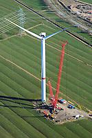 Erneuerung von Windkraftanlage mit Winglets: EUROPA, DEUTSCHLAND, SCHLESWIG-HOLSTEIN, BRUNSBUETTEL , BUETTEL (EUROPE, GERMANY), 12.03.2014: Erneuerung von Windkraftanlage mit Winglets, Windfluegel erhalten neue Aussenflaechen
