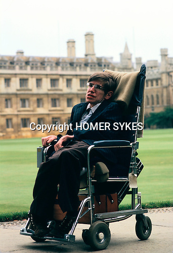 PROFESSOR STEPHEN HAWKING 1981. CAMBRIDGE UNIVERSITY ENGLAND 1980&rsquo;s . portrait