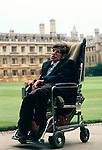 PROFESSOR STEPHEN HAWKING 1981. CAMBRIDGE UNIVERSITY ENGLAND 1980's . portrait