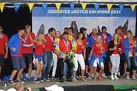 ZEILEN: GROU: It Halbertsmaplein, 02-08-2014 Huldiging SKS Kampioen 2014 schipper Douwe Azn. Visser en zijn bemanning van het skûtsje Doarp Grou, ©foto Martin de Jong