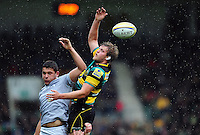 Jamie Gibson of Northampton Saints wins the ball at a lineout. Aviva Premiership match, between Northampton Saints and Bath Rugby on September 3, 2016 at Franklin's Gardens in Northampton, England. Photo by: Patrick Khachfe / Onside Images