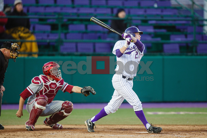 Mac Acker-University of Washington Huskies baseball team loses to Stanford University Cardinal at Huskies Baseball Stadium in Seattle Thursday, April 5, 2012. (Photos by Andy Rogers/Red Box Pictures)