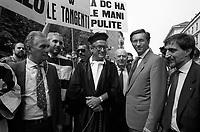 27 GIU 1992 Milano, Manifestazione MSI a favore di Mani Pulite. FILIPPO BERSELLI, GIANFRANCO FINI, IGNAZIO LA RUSSA<br /> JUN 27 1992 Milan, Demonstration MSI (fascist party) in favor of the investigation Clean Hands. FILIPPO BERSELLI, GIANFRANCO FINI, IGNAZIO LA RUSSA