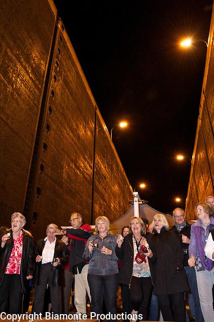 Locks Party on Viking Bragi