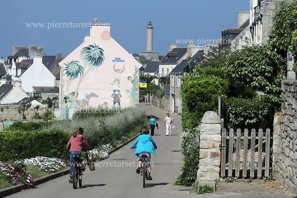 Roscoff France  City new picture : Batz island, near Roscoff Finistère, Brittany, France ...