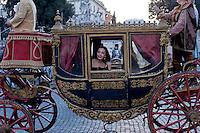 Roma 17 Febbraio 2015<br /> Carnevale Romano, in  Piazza del Popolo,  dedicato alla Regina Cristina di Svezia che soggiorno a Roma nel 1655,  con le atmosfere  della Roma barocca, con sbandieratori, tamburini e gruppi storici. L&rsquo;attrice Maria Rosaria Omaggio interpreta la Regina Cristina di Svezia<br /> Rome February 17, 2015<br /> Roman Carnival, in Piazza del Popolo, dedicated to Queen Christina of Sweden who stay in Rome in 1655, with the atmosphere of Baroque Rome, with flag-wavers, drummers and historical groups. The actress Maria Rosaria Omaggio interprets the Queen Christina of Sweden