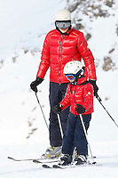LAVINIA BORRONEO & JOHN ELKANN IN SAINT MORITZ - Lavinia Borroneo & John Elkann seemed to be very much in love as they were seen kissing together while spending some vacation with their kids in Saint Moritz (Switzerland). January 4, 2013.