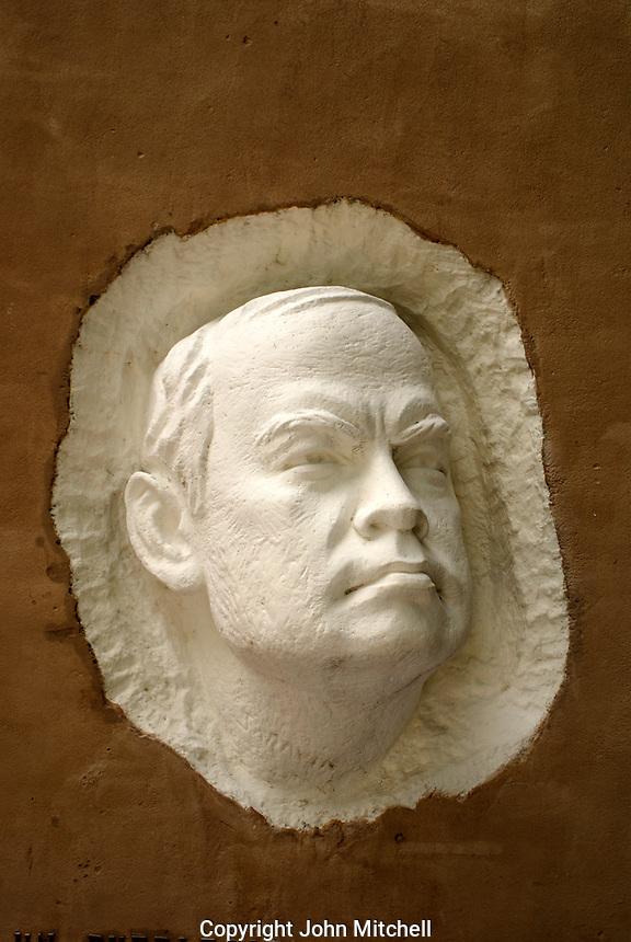 Sculpture of Nicaraguan poet Ruben Dario, Ciudad Dario, Nicaragua