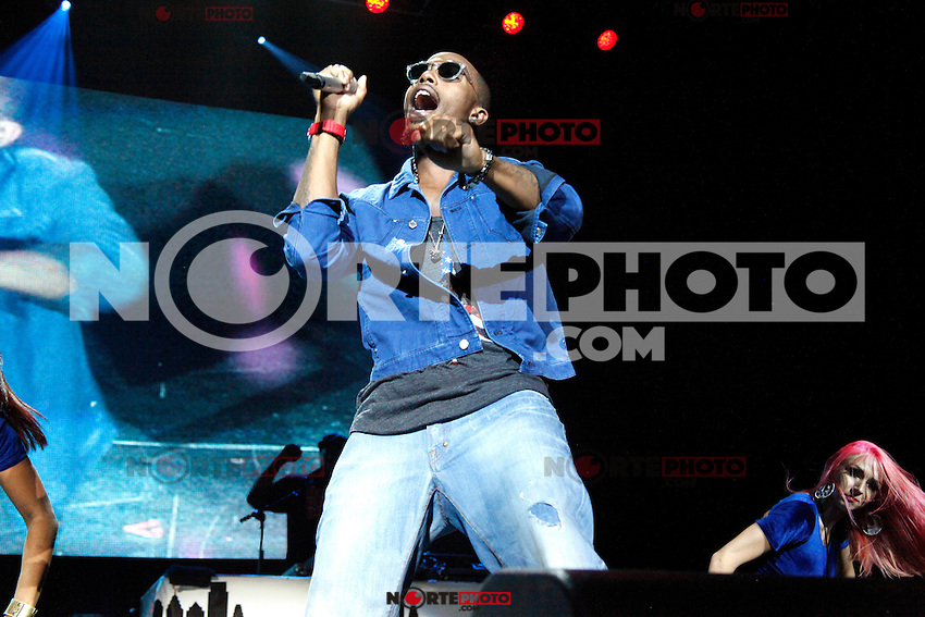 B.O.B performing at Wired 96.5 Fest at The Susquehanna Bank Center in Camden, New Jersey on June 1, 2012  © Star Shooter / MediaPunchInc
