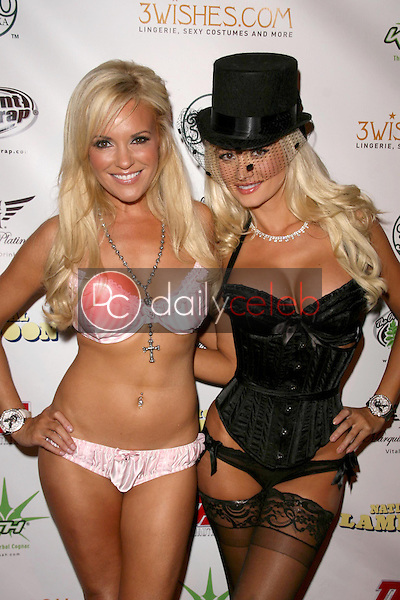 Bridget Marquardt and Holly Madison<br />