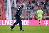 Fussball  1. Bundesliga  Saison 2013/2014  9. Spieltag FC Bayern Muenchen - 1. FSV Mainz     19.10.2013 Trainer Thomas Tuchel (1. FSV Mainz 05) nachdenklich nach dem Spiel