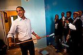 Washington, DC - January 19, 2009 -- United States President-elect Barack Obama paints walls at the Sasha Bruce House in Washington, D.C., U.S., Monday, January 19, 2009.  The Sasha Bruce House aids at risk youths in the Washington, D.C. .Credit: Joshua Roberts - Pool via CNP
