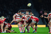 Greig Laidlaw of Gloucester Rugby box-kicks the ball. Aviva Premiership match, between Harlequins and Gloucester Rugby on December 27, 2016 at Twickenham Stadium in London, England. Photo by: Patrick Khachfe / JMP