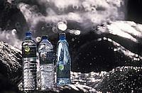 Europe/France/Auverne/63/Puy-de-Dôme/Parc Naturel Régional des Volcans: Bouteilles d'eaux minérales du parc