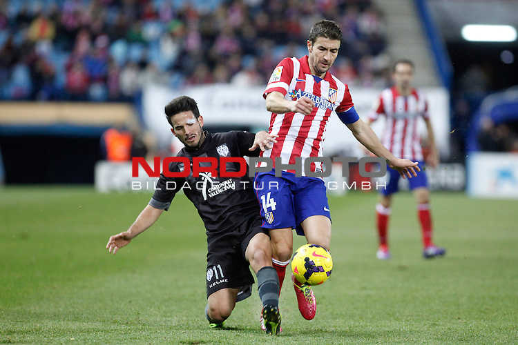 Atletico de Madrid¬¥s Gabi (R) and  Levante¬¥s Ruben G during La Liga 2013-14 match at Vicente Calderon stadium, Madrid. December 21, 2013. Foto © nph / Victor Blanco)
