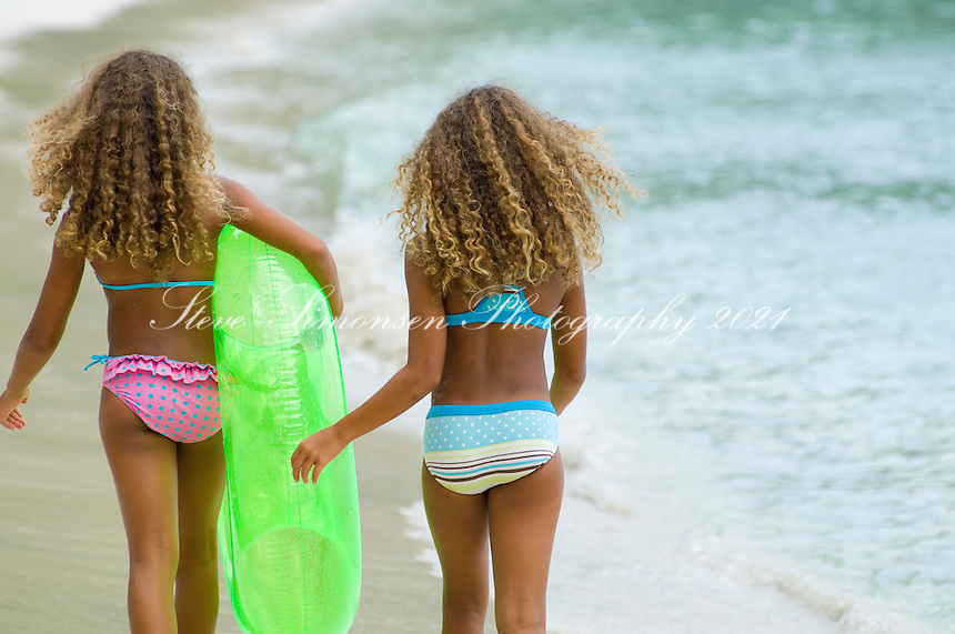 Can Very young little girls beaches have
